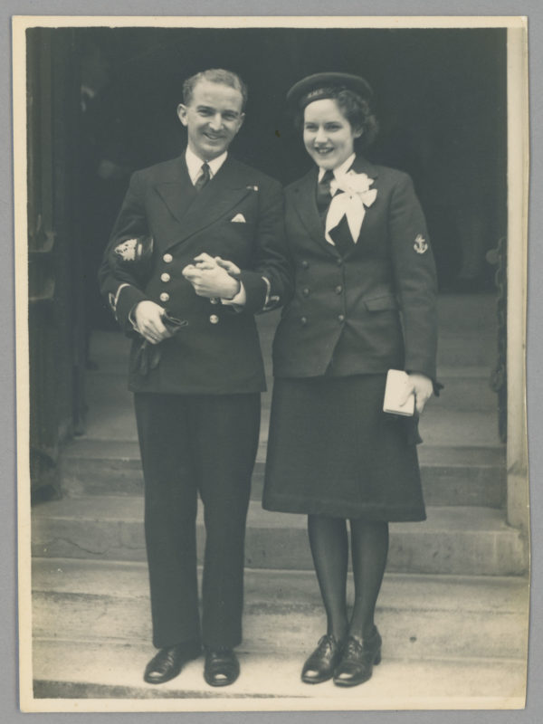 Sub Lt Douglas Francis RNZNVR and his bride, L/Wren Patricia Rowe RN 2006.92.45