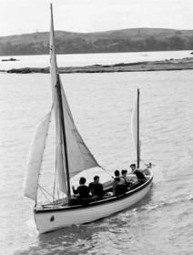 Naval Whaler at Tamaki, Motuihe 1958 [RNZN Museum ABZ 0064]