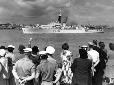 HMNZS Kaniere leaving for her Korean War deployment 3 March 1953 [RNZN Museum]