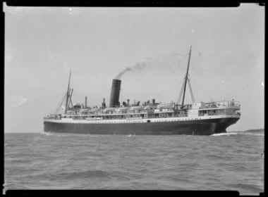 The ship Maunganui. Kinnear, James Hutchings, 1877-1946 :Negatives of Auckland shipping, boating and scenery. Ref: 1/2-015140-a-F. Alexander Turnbull Library, Wellington, New Zealand. http://natlib.govt.nz/records/22313022