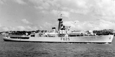 HMNZS Rotoiti (Navy Museum AAR 0032)